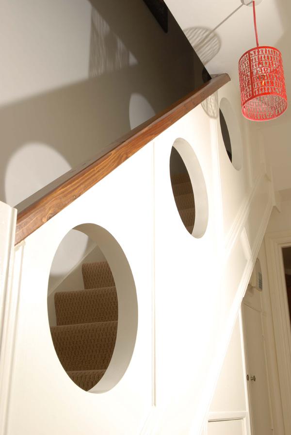 Porthole stair balustrade
